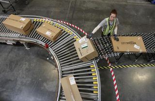 Amazon distribution ctr